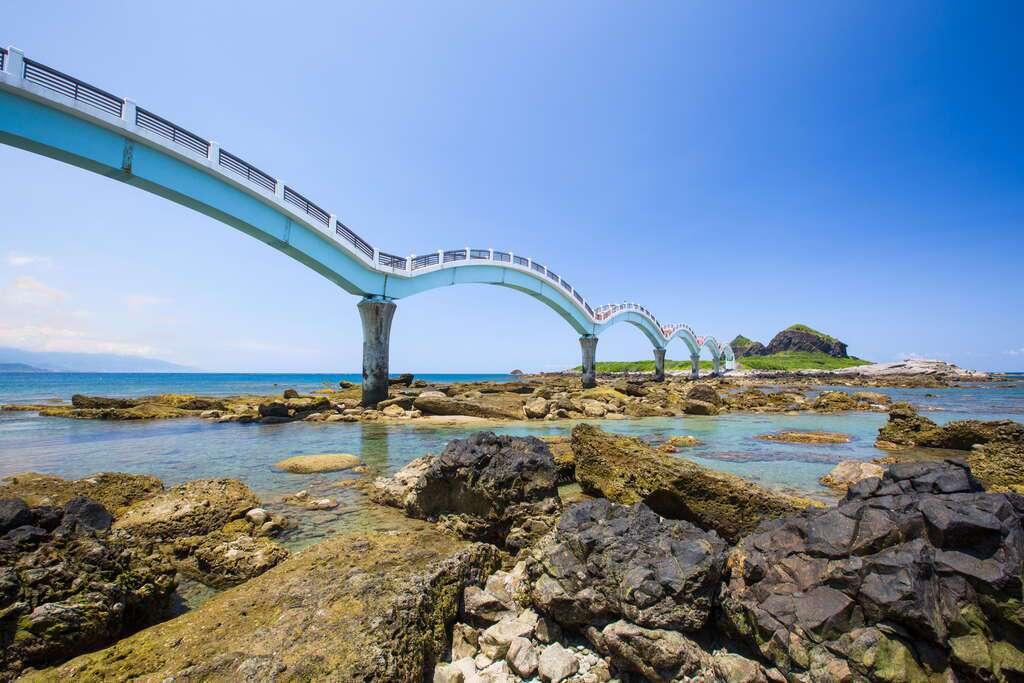 台東「三仙台八拱橋」景色壯麗。圖/東部海岸國家風景區