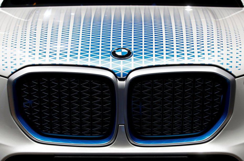 受益於SUV車款熱銷及撙節計畫奏效,BMW第3季營業利益勁增三成。路透