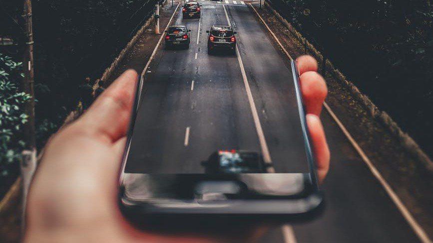 2019年全球汽車市場進入凜冽寒冬,然而汽車科技進步仍不斷向前邁進,根據國際研究...