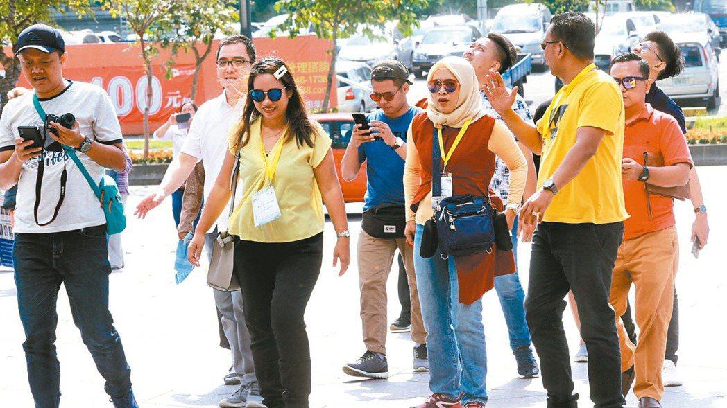 響應新南向政策,中央地方積極建置穆斯林友善旅遊環境,明年還將首度推出穆斯林遊客倍...