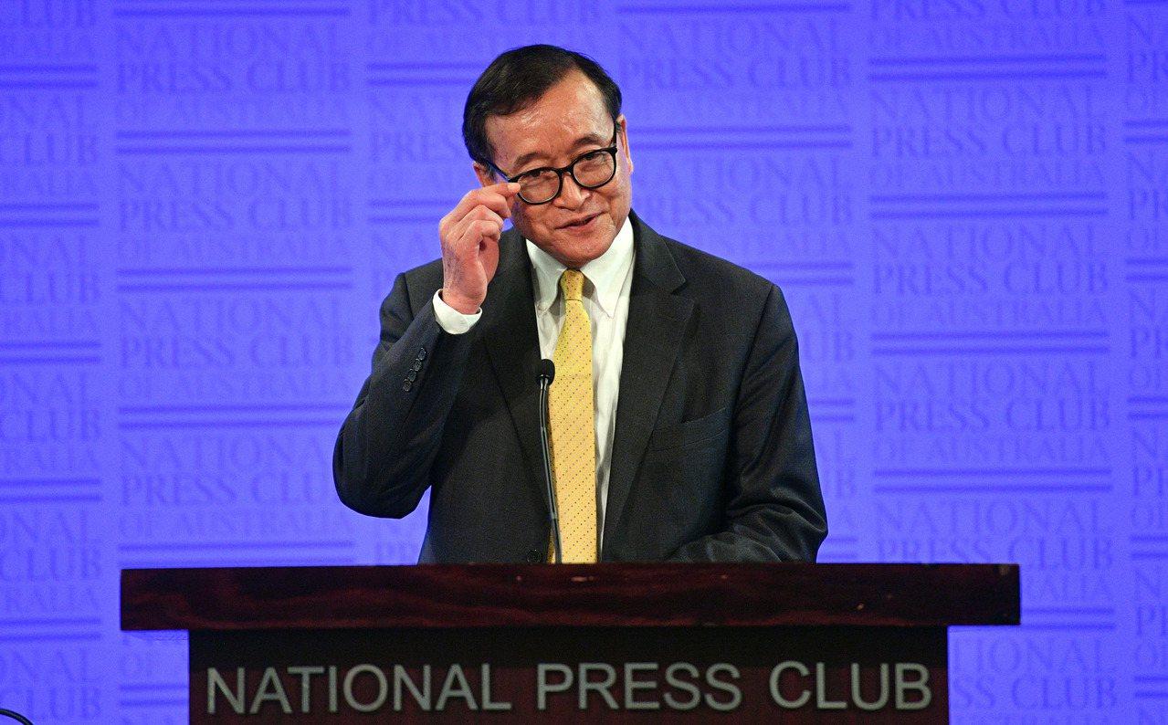 圖為流亡法國的柬埔寨反對派救國黨主席山嵐西(Sam Rainsy)。 歐新社