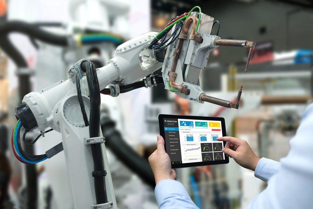 台灣IBM與凌華科技攜手力助台灣企業推動台灣製造(MIT)轉型,為企業帶來可實現...