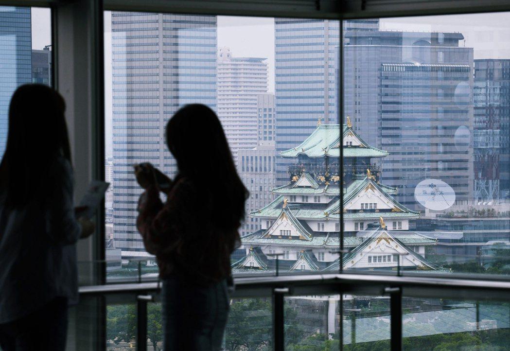 曾歷經幾次重新修建的大阪城,其天守雖然已改為鋼筋水泥構造,保管展示超過1萬件重要...