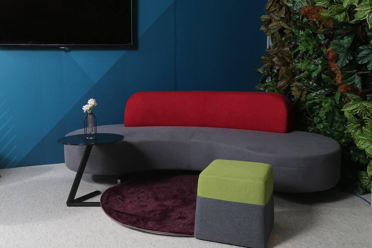 優力格獨家推出的公共空間造型家具系列繽紛多樣,打造與眾不同的商務洽談區、員工休憩...
