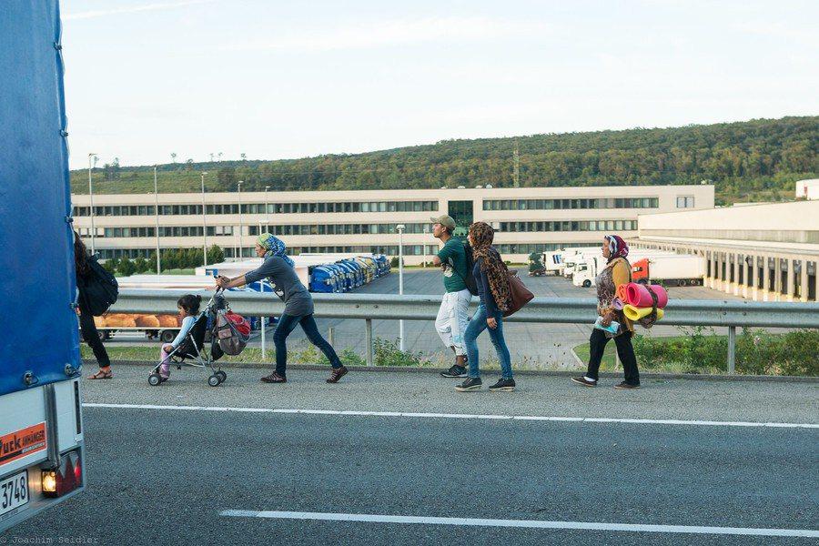 核准難民的政策延宕後,導致原本要到美國安置的難民無所適從。(Photo by photog_aton Flicker under Creative Commons license)