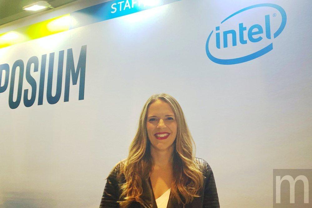 Intel資料中心事業群副總裁暨Xeon處理器與資料中心行銷總經理Lisa Sp...
