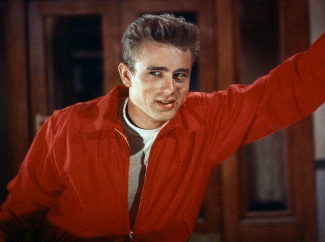 詹姆斯狄恩「養子不教誰之過」叛逆青年形象深入人心,流傳至今。圖/摘自imdb