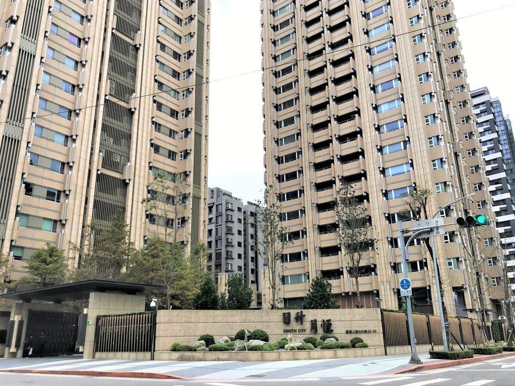 韓國瑜賠售的南港豪宅「日升月恆」。報系資料照片