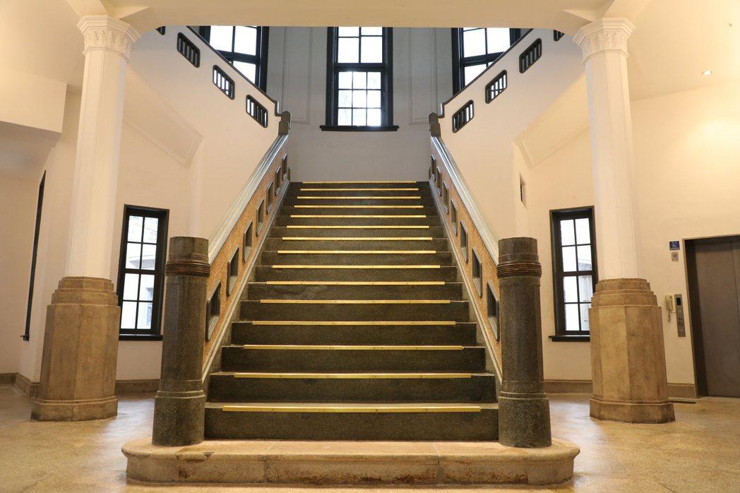 台南市美術館一館是古蹟,館內的氛圍相當靜謐,傳出名模林志玲屬意在館內舉辦婚禮。圖...