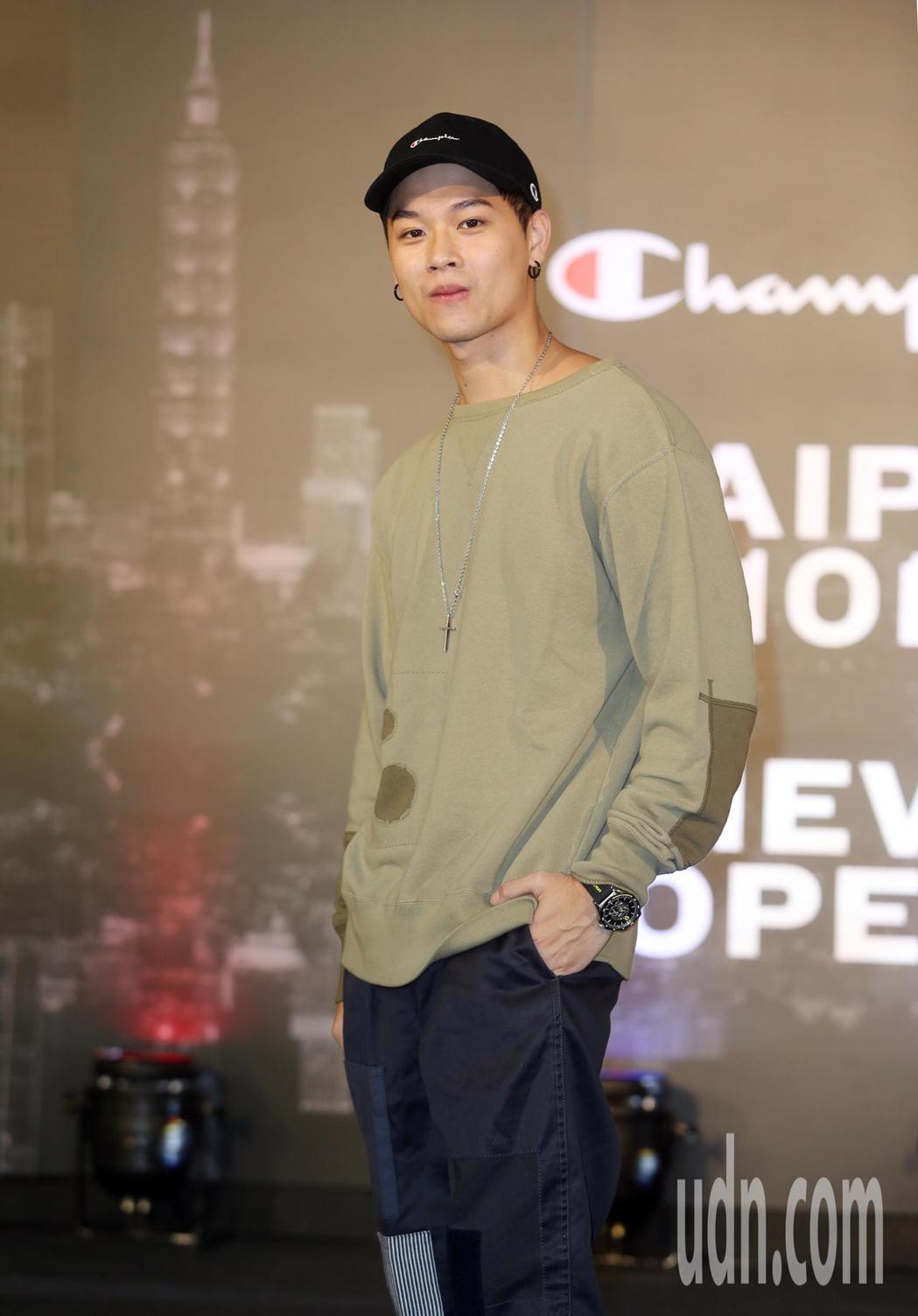 高爾宣出席Champion進駐台北時尚重鎮101全台第一間品牌形象概念店 。記者...