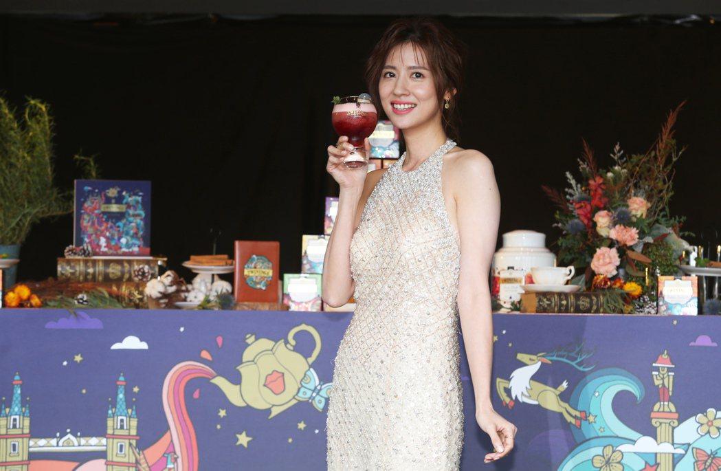 林予晞出席英國午茶品牌記者會。記者徐兆玄/攝影