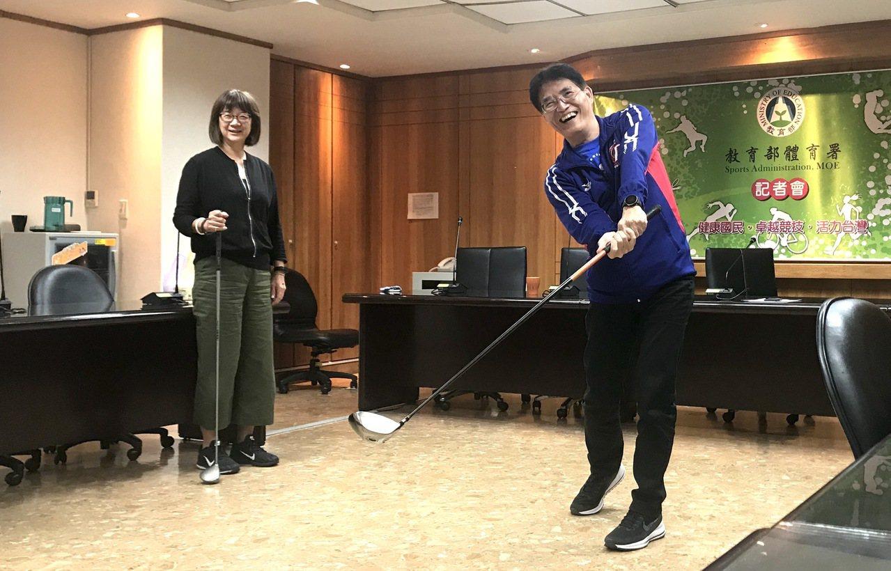 體育署署長高俊雄(右)。記者毛琬婷/攝影