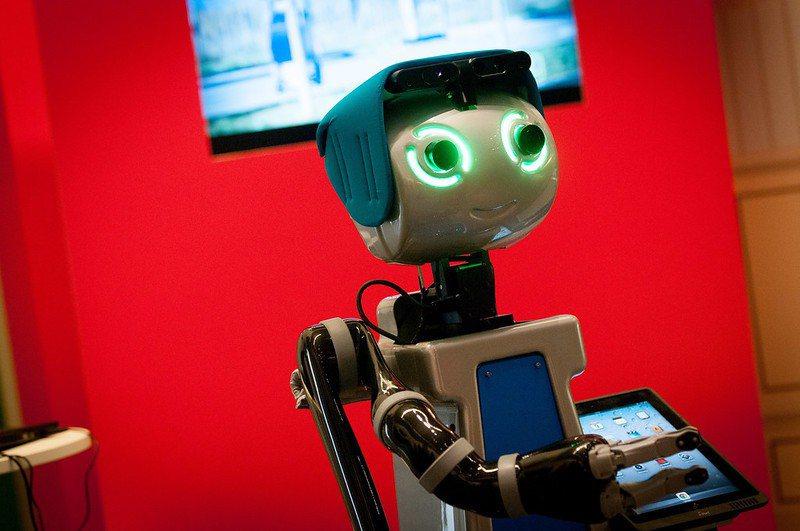 近年來在照護領域有越來越多科技創新,在各領域討論度都很夯的機器人,也是照護領域的...