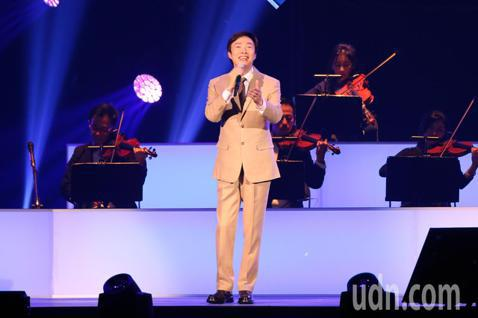 藝人費玉清晚上舉辦告別演唱會最終場,以最後的演唱告別這47年的演唱生涯。