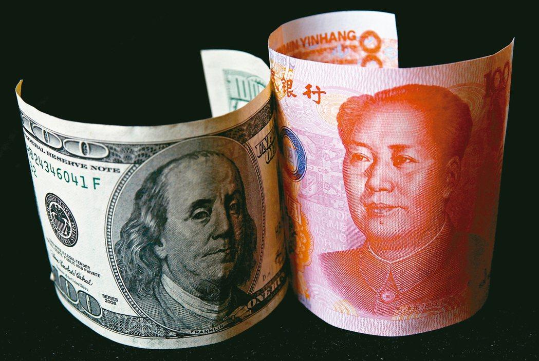 中國大陸商務部發言人高峰7日表示,中、美雙方已經同意隨著協議的進展,將分階段取消...