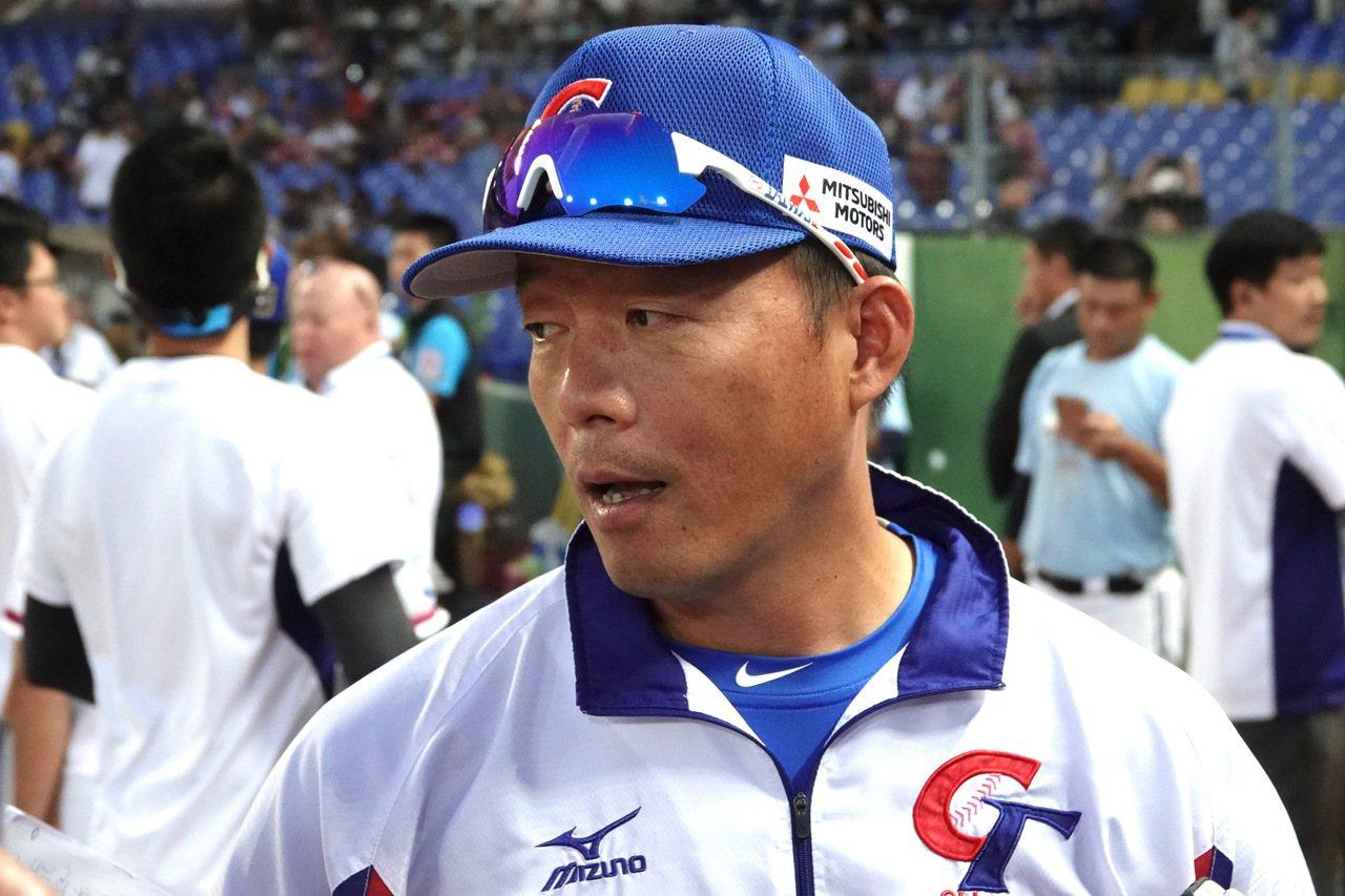 教練吳俊良感謝情蒐團隊的協助。 記者蘇志畬/攝影