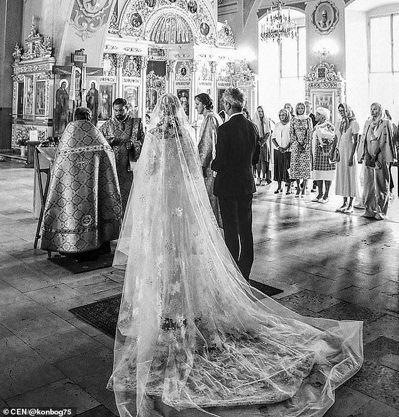 圖為俄國名媛Ksenia Sobchak今年在莫斯科博物館舉行奢華婚宴情形。圖擷...