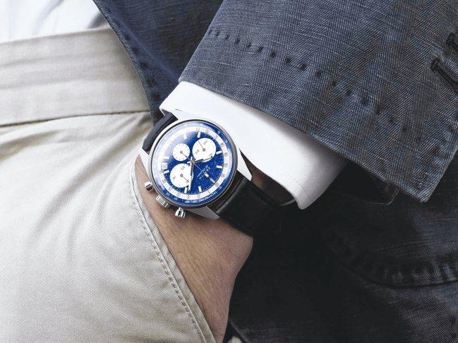 Zenith為世界第一只鉑金材質的El Primero系列計時碼表,提供了50年...