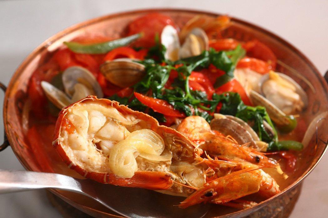 澳門美食葡式燴海鮮。 澳門旅遊局/提供