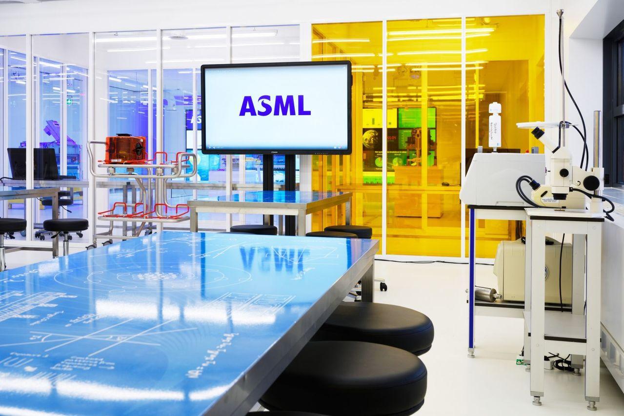 ▲台積電今年資本支出大增,荷蘭半導體設備大廠ASML堪稱是最大贏家。(圖片來源:...