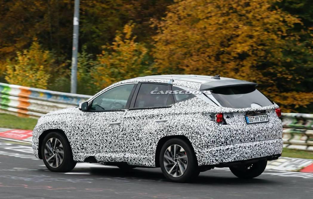 第四代Hyundai Tucson似乎更加往運動化方向靠攏。 摘自Carscoo...