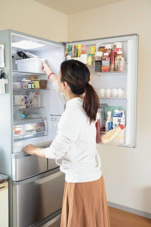 「不買日」不僅是省錢妙方,也可以趁機整理冰箱。圖/ESSE