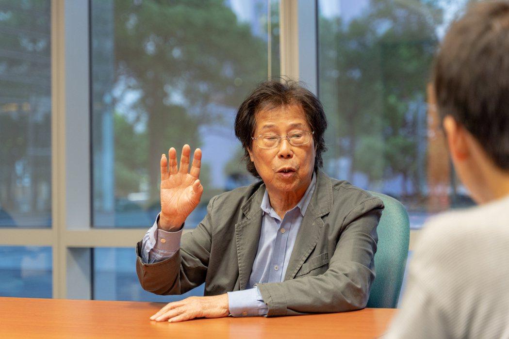 連續兩年擔任決賽評審的吳靜吉教授,勉勵有心於社會創新的人,要從同理心發掘家鄉問題...