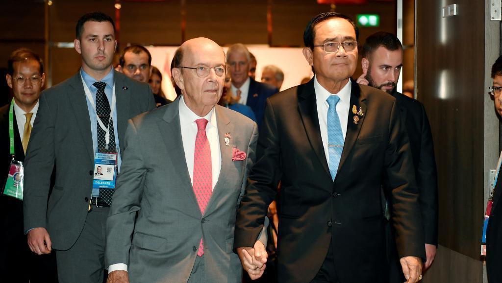 泰國總理巴育與美國商務部長羅斯2019年11月3日曼谷 Reuters/路透社