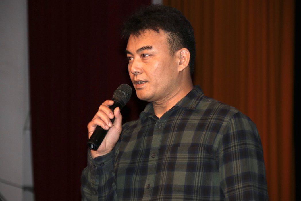 郭珈瑋曾因殺人、槍砲等案件入獄達23年,重獲自由後成立「郭記水餃店」。記者曾健祐...