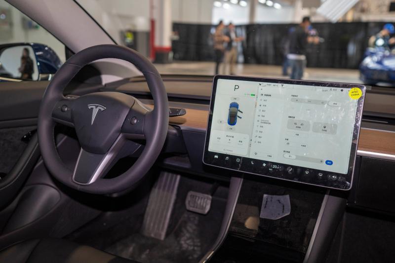 大陸國產特斯拉駕駛作業系統將採用最新的V10系統。圖取自《上觀》