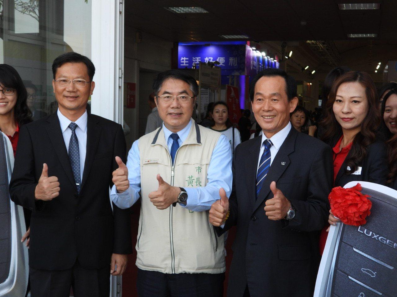 市長黃偉哲支持南美館出借舉辦婚禮。記者周宗禎/攝影