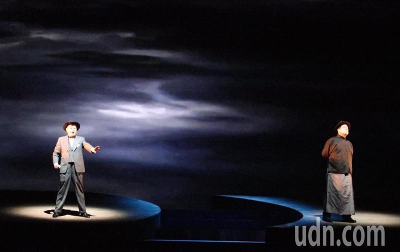 唐美雲歌仔戲團旗艦型音樂劇《月夜情愁》,11月9、10日在衛武營國家藝術文化中心演出。記者徐如宜/攝影