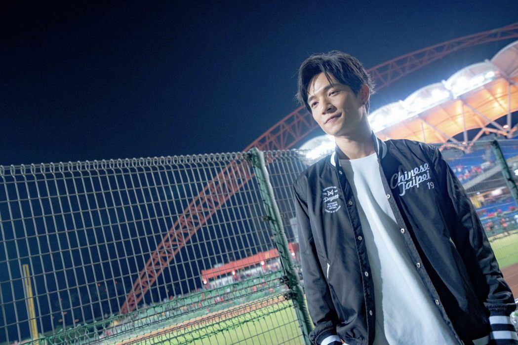 黃奕儒為「世界12強棒球錦標賽」獻唱應援曲「鬥陣」。圖/相映國際提供