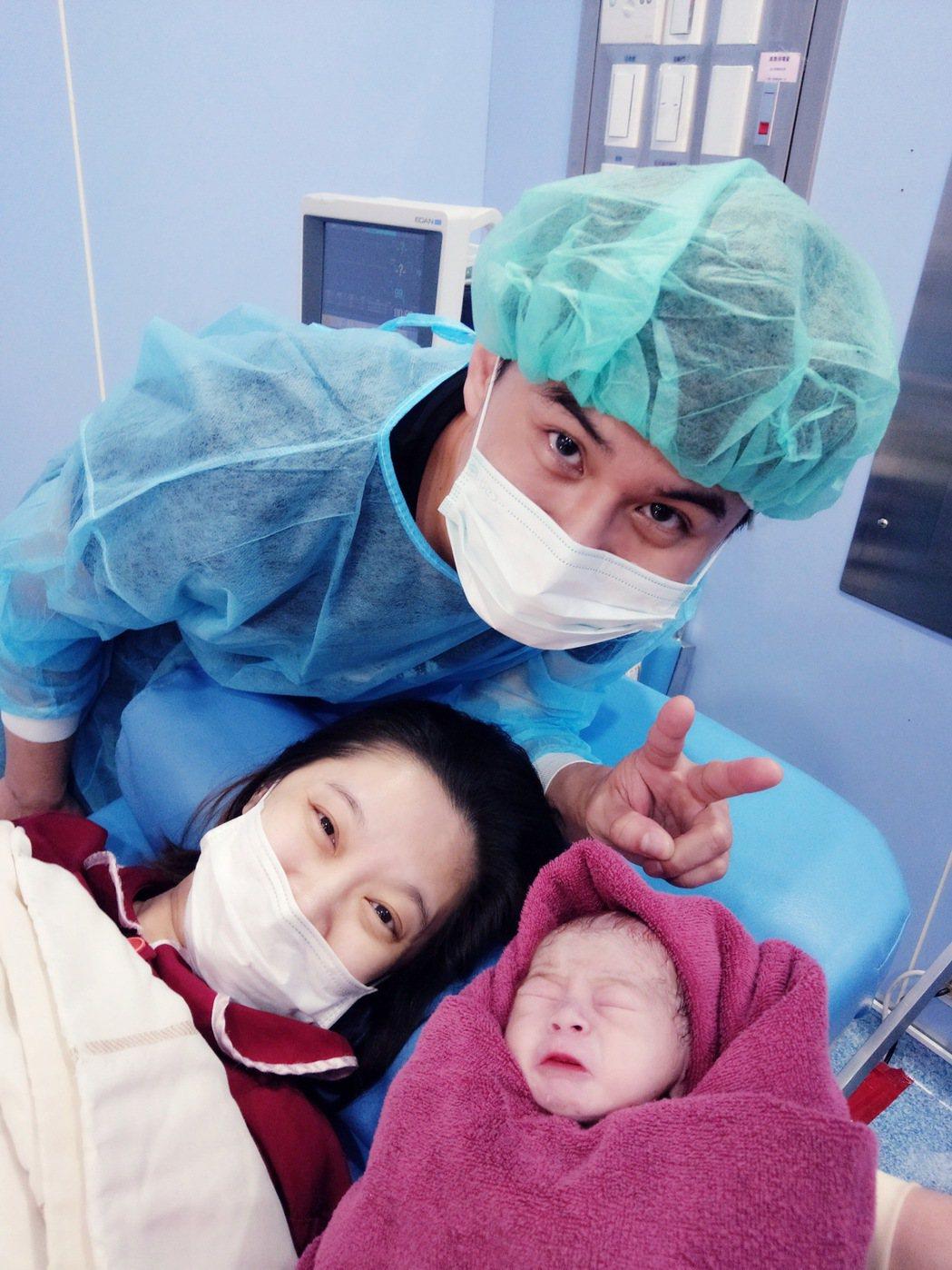 吳俊宏升格當爸,誇兒子是財神爺。圖/豪記唱片提供