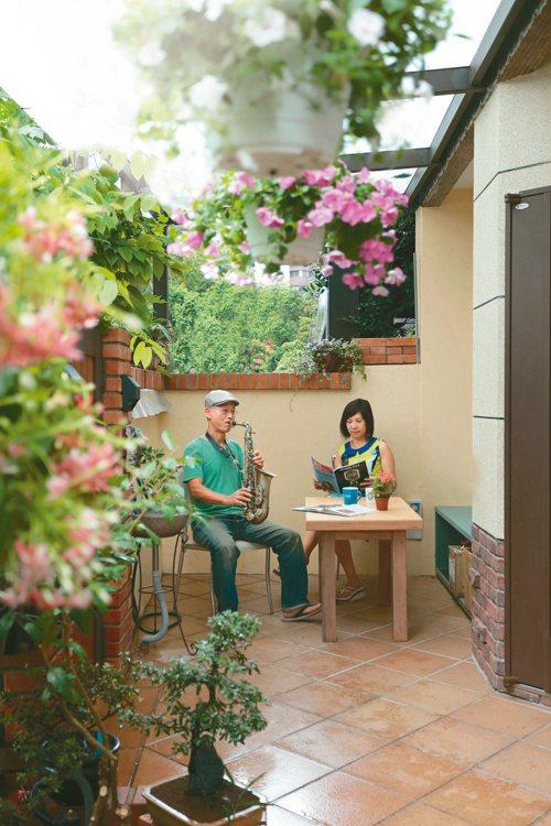 宋大哥因應退休翻修住宅,把自己和太太老後的生活方式融入。圖/原點出版社提供