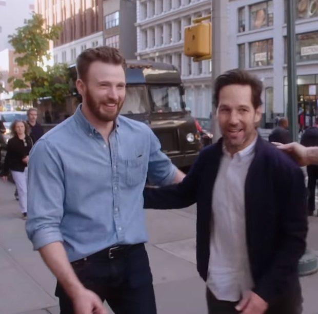 克里斯伊凡與保羅路德(右)在紐約巧遇。圖/翻攝自YouTube