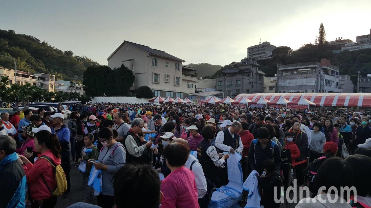 國稅相關業務推廣活動今清晨起跑,吸引六千多人參與。記者張明慧/攝影