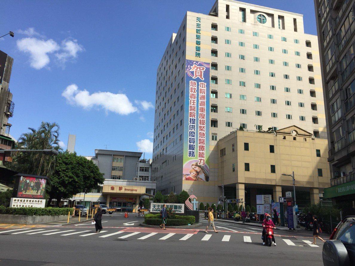 25歲高姓男子於今年7月與11月兩度溜進耕莘醫院病房偷竊。記者陳弘逸/翻攝