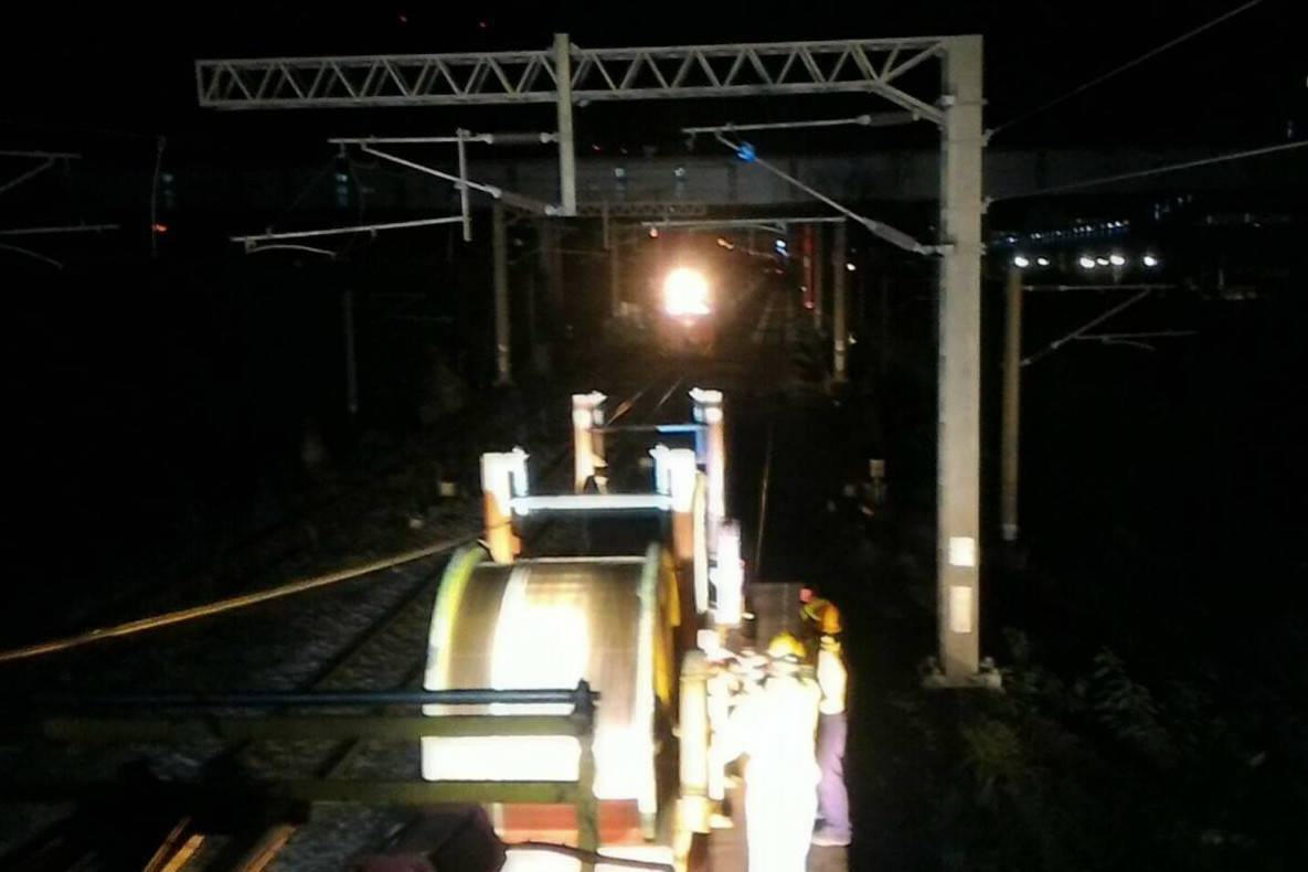 台鐵東部停駛搶修中 影響近3萬人