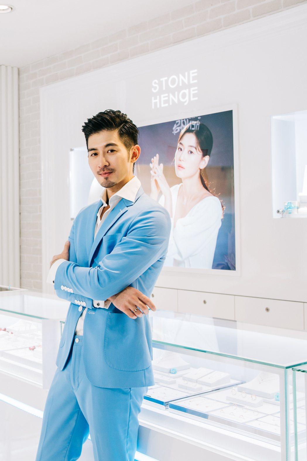 言明澔出席韓國珠寶一日店長活動。圖/STONEHENgE(斯通亨奇)提供