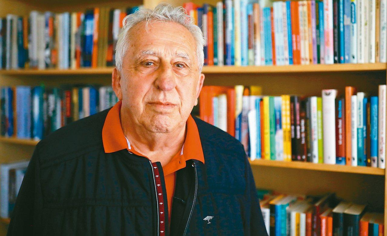 八十二歲的克倫茲(Egon Krenz)是德國統一社會黨最後一任總書記,也是德意...