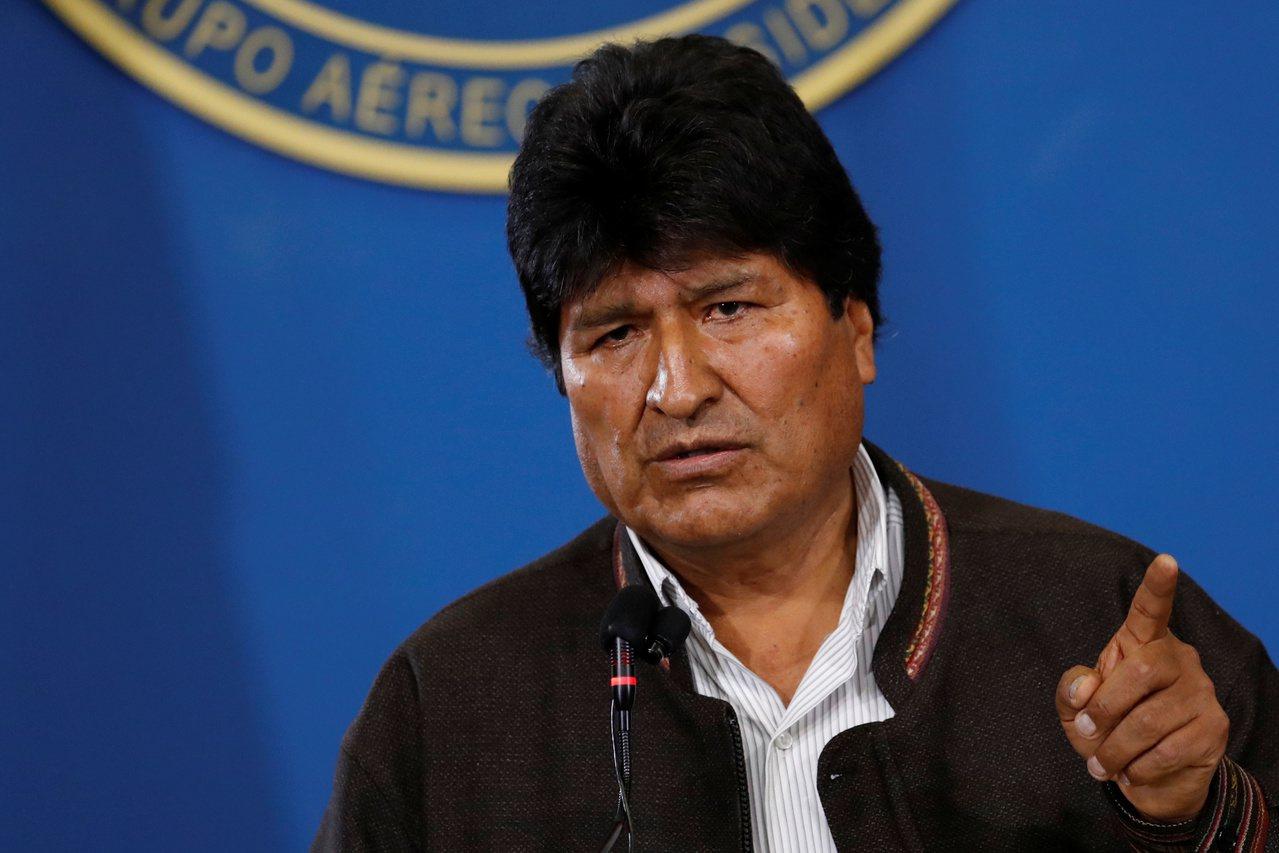 玻利維亞在10月20日舉行總統大選,總統莫拉萊斯(Evo Morales)贏得連...