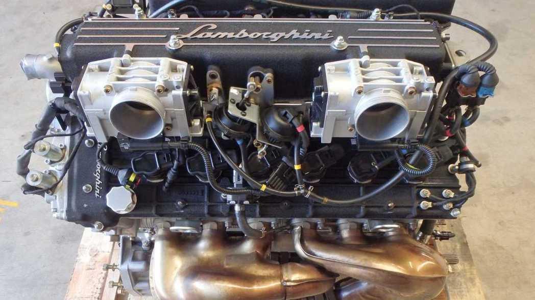 包括引擎線組與進排氣岐管等,賣家都會一併附上。 摘自eBay