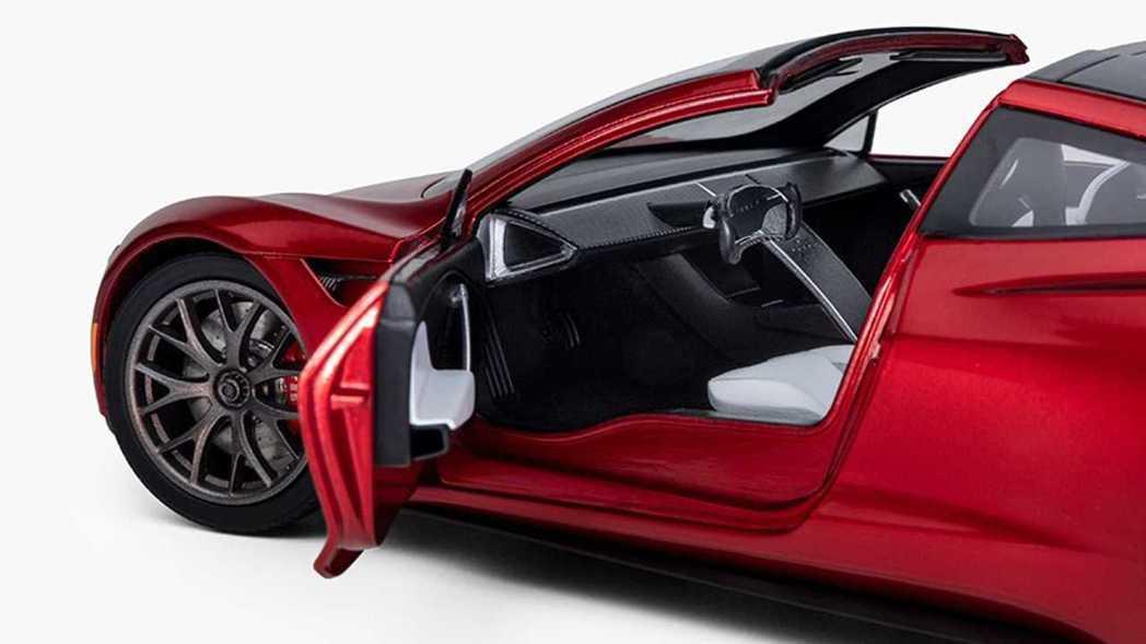 Tesla表示模型車內裝也做得相當細緻。 摘自Tesla