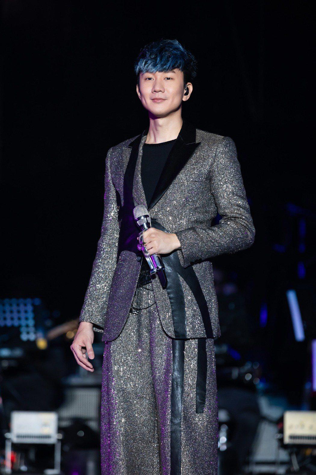 JJ林俊傑9日帶著第60場「聖所」來到山東濟南。圖/JFJ Production...