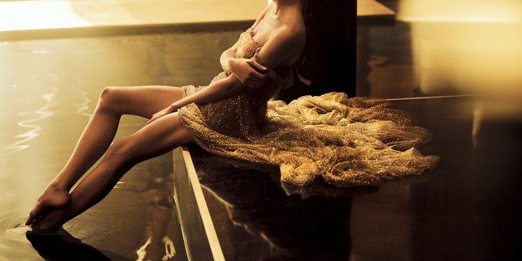 J'adore沐浴系列全新上市,讓香味持續延續。圖/迪奧提供