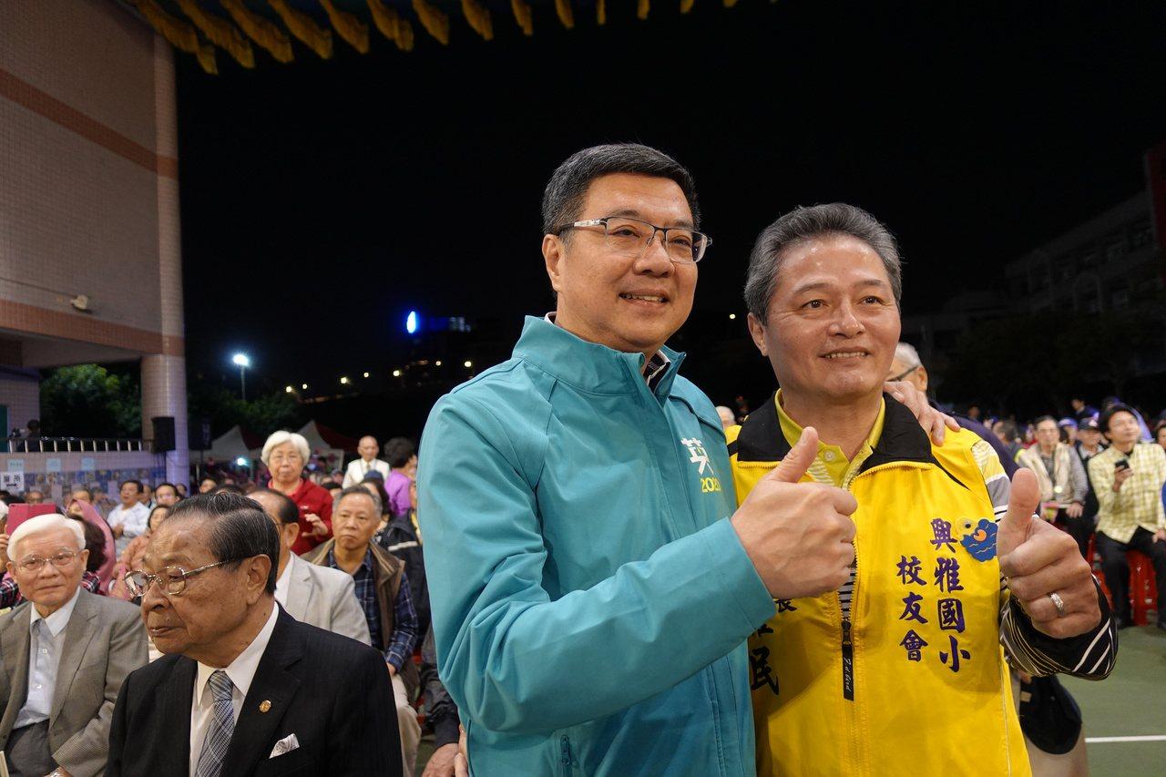 民進黨主席卓榮泰話鋒一轉,提到希望韓國瑜從此改變選舉格調,把選舉水準拿高一點,好...