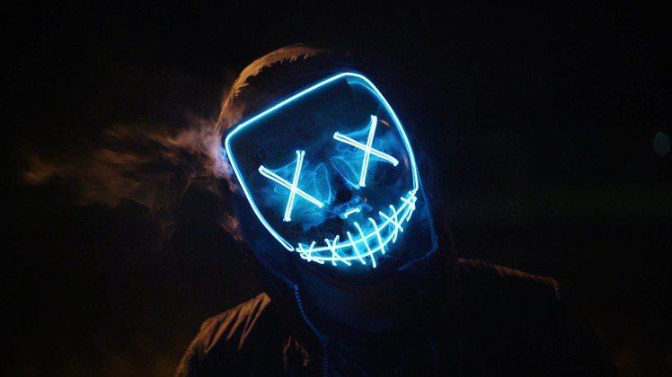 背後的冷笑,是他觀察你後發出來的寒慄笑聲。圖/摘自 pexels