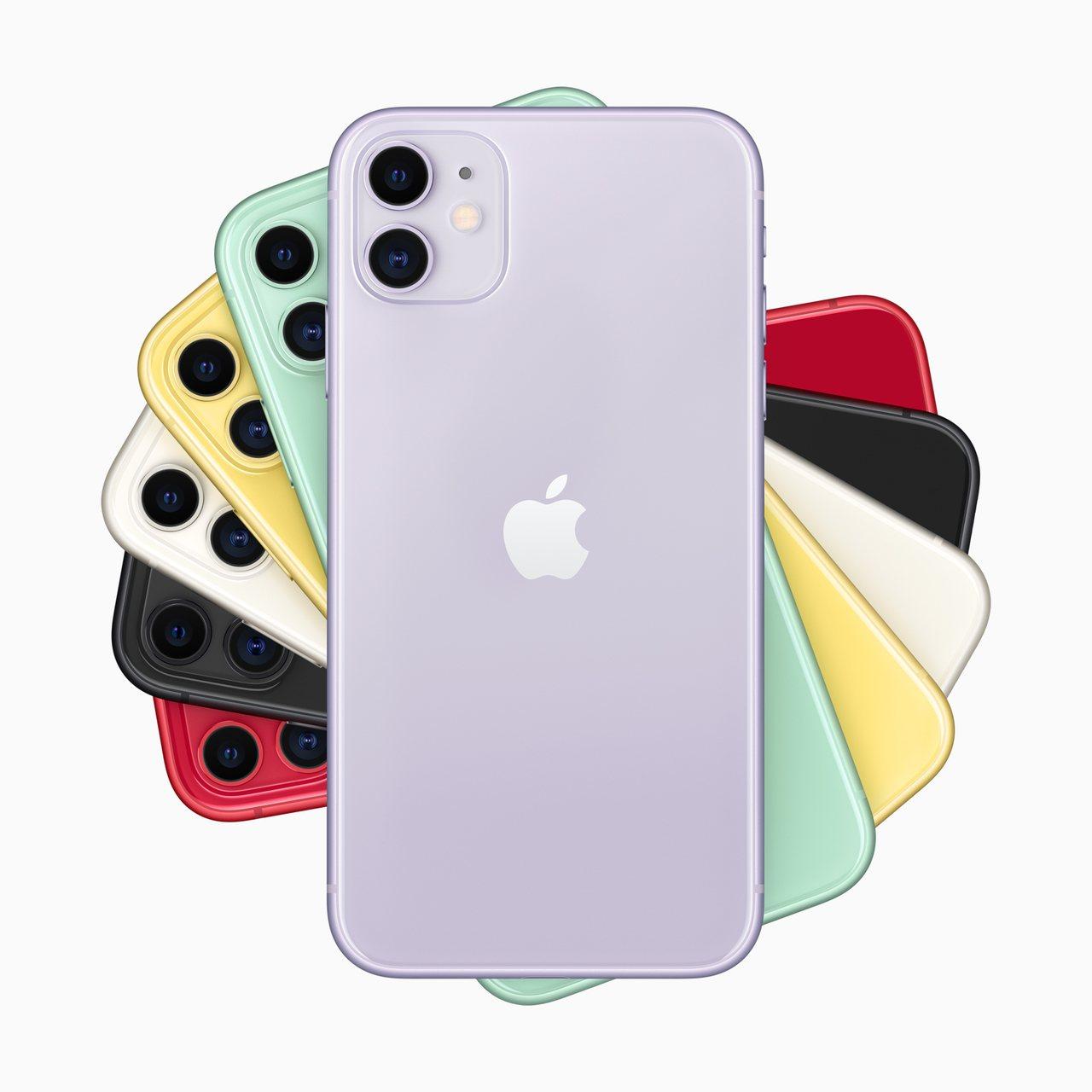 11月11日14:00起,台灣之星網路門市推出限時限量整點特賣,iPhone 1...