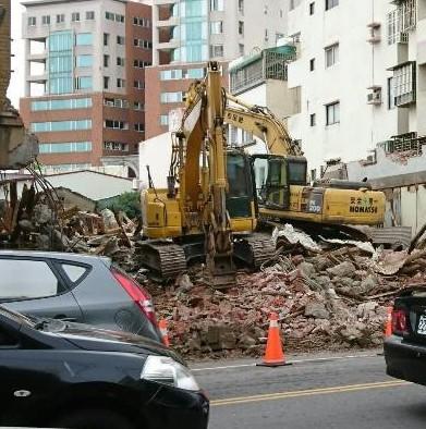 彰化市首任民選市長杜錫圭故居被拆成廢墟。 圖/彰化縣文化局提供